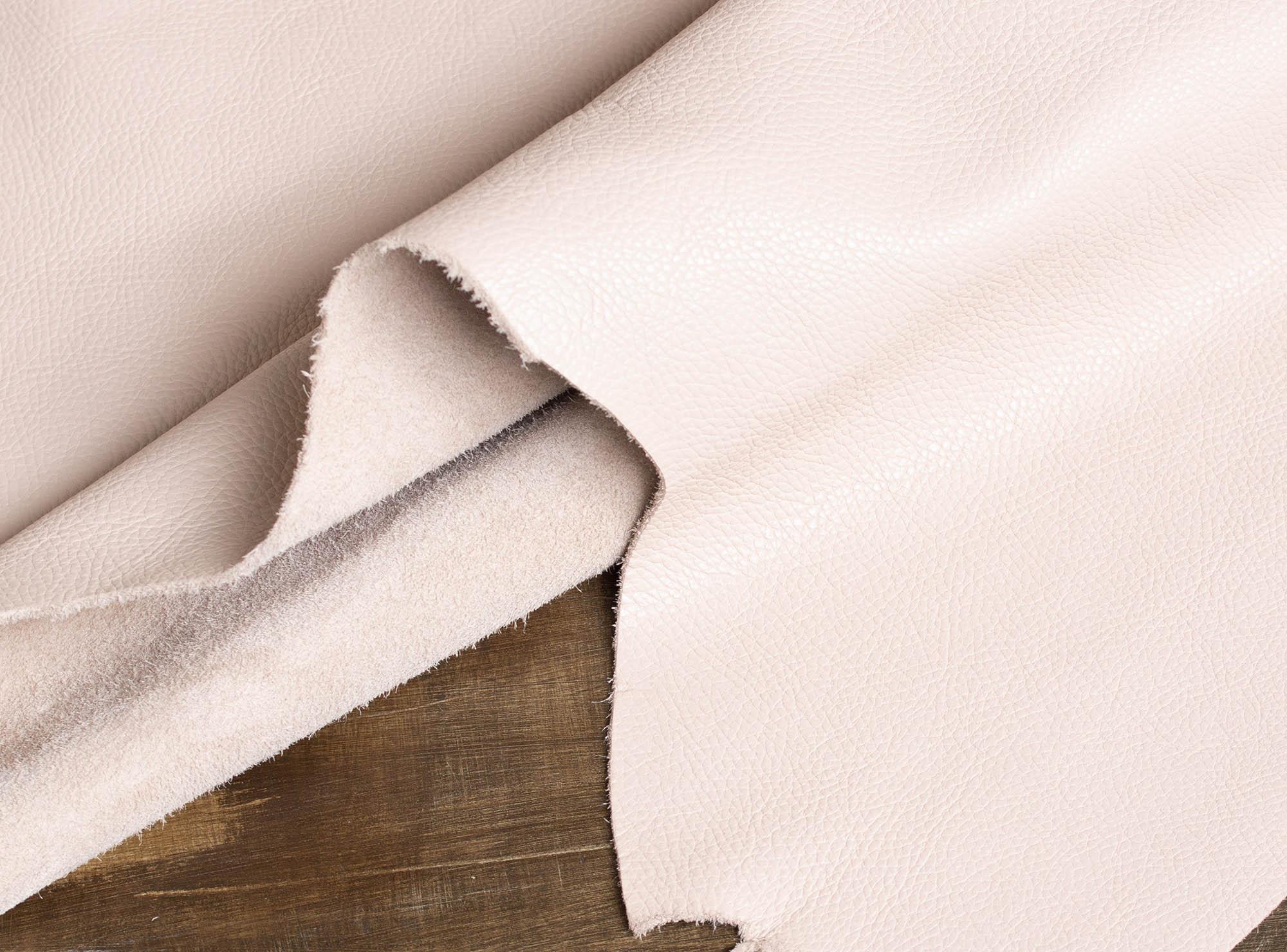 アリアナシリーズの革紹介|エレガントで上品な艶感と深みのある濃淡のアンティーク仕上げ