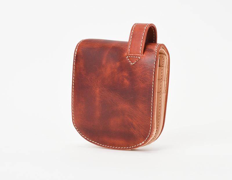 バグッダ ヒップポケット革財布(小銭入れ付き)