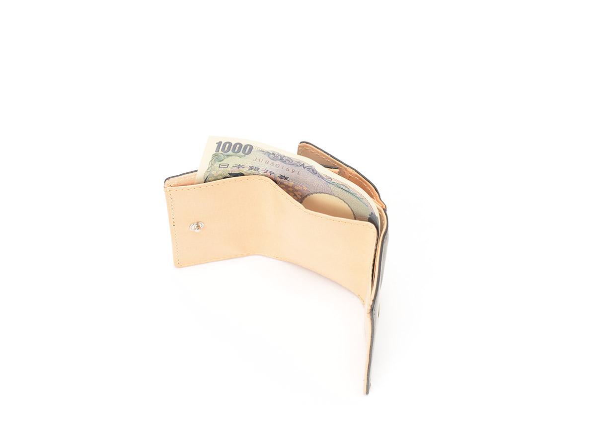 バグッダ 三つ折りミニ革財布_detail_image_02