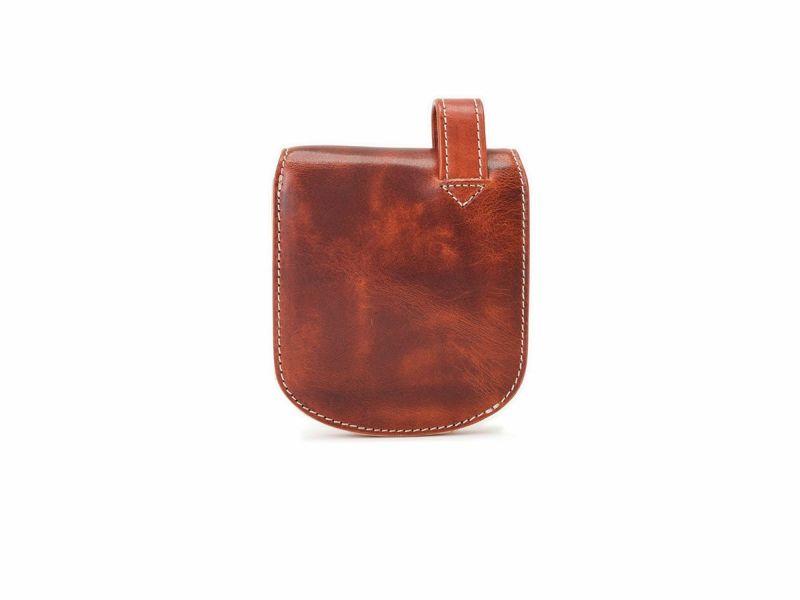 バグッダ ヒップポケット革財布(小銭入れ付き) レッド
