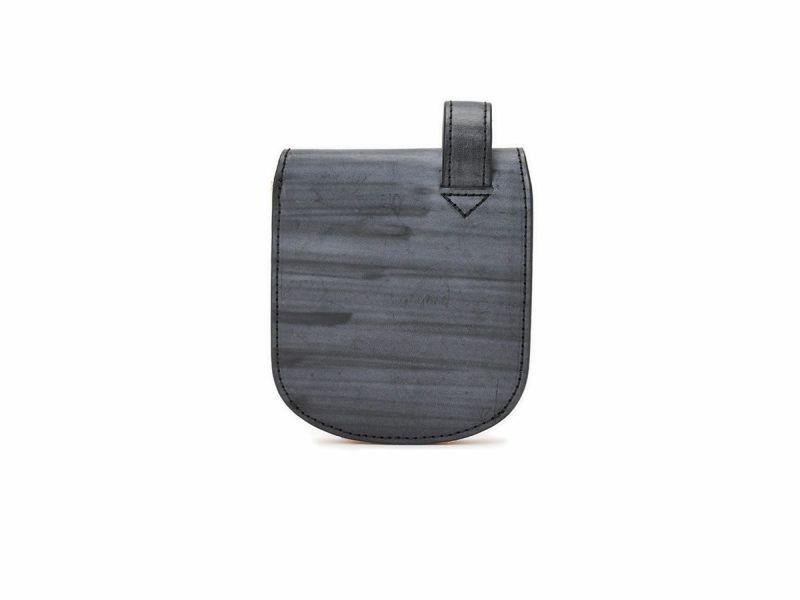 ブライドルレザー ヒップポケット革財布(小銭入れ無し) ブラック
